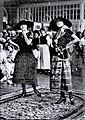 HL Damals – Thora Thomsen – Travemünder Modeschau – Rudolph Karstadt – Städtischer Kursaal – Kleid und Nachmittagskleid – 1921 – Deutsche Kinderhilfe.jpg