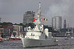 HMCS Iroquois (DDG 280) at Port of Hamburg leaving.jpg