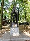 handel (gemert-bakel) rijksmonument 518085 processiepark, heilig putje met engelsculptuur
