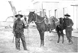 Aztec Land & Cattle Company - Image: Hashknife cowboys Holbrook Arizona circa 1900