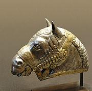 Horse head, gilded silver, 4th century, Sassanid art.