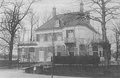 Heike Kamerlingh Onnes - 37 - Huize ter Wetering on the Galgewater (Haagweg), Leiden, the Netherlands after the renovation to a design by Menso Kamerlingh Onnes in 1906.png