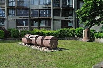 Herrlisheim - Image: Herrlisheim Memorial 1 sm