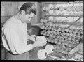 Holyoke, Massachusetts - Paragon Rubber Co. and American Character Doll. Setting eyes in sleeping dolls (Jewish)... - NARA - 518350.tif