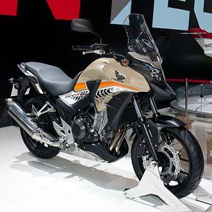 Honda CB500X Front Left 2016 Auto China