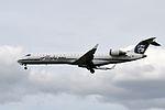 Horizon Air, Canadair CRJ-700, N223AG - PDX (18737175616).jpg