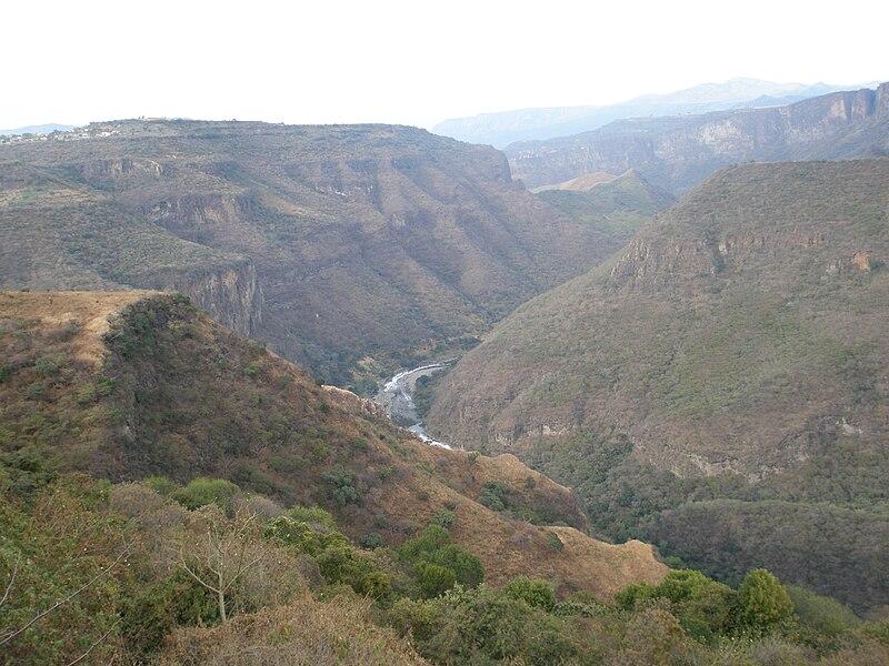 File:Huentitan canyon and santiago river.jpg