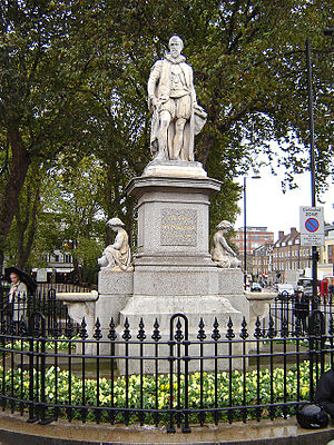 Islington - A statue of Hugh Myddelton, creator of the New River, surmounts a drinking fountain at Islington Green. (November 2005)