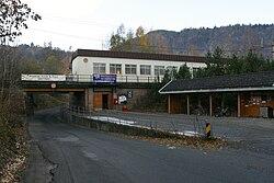 Hvalstad Railway Station TRS 061104 015.jpg