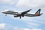 I-BIXL A321 Alitalia (14600956258).jpg
