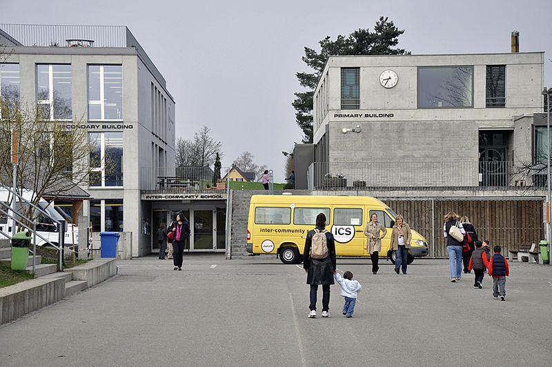 Цюрихские школы используют алгоритм, чтобы обеспечить правильное сочетание между швейцарскими и иностранными учениками