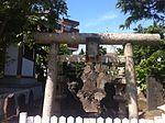 Inari shrine adachi may 2014 b.jpg