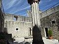 Interior do Castelo de Porto de Mós 1.jpg