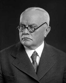 Jiří Stanislav Guth-Jarkovský 1937.jpg