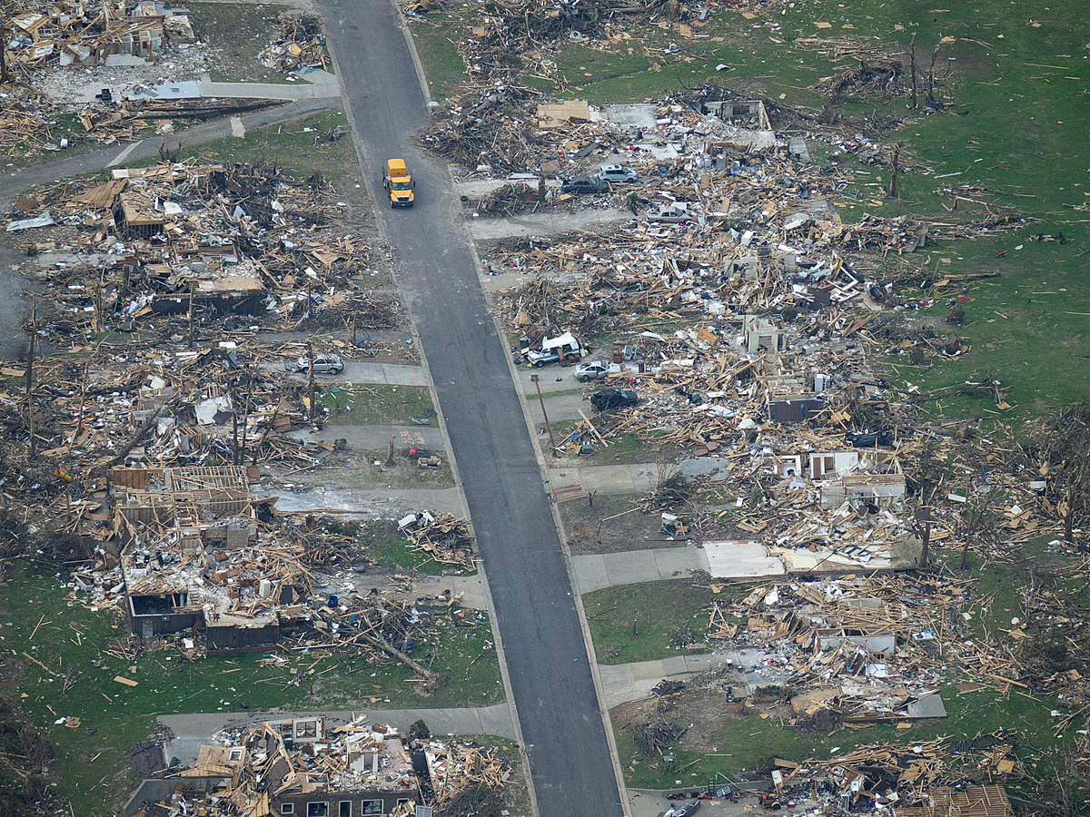 Kansas City Destroyed By Tornado And Creepy Picturd Found