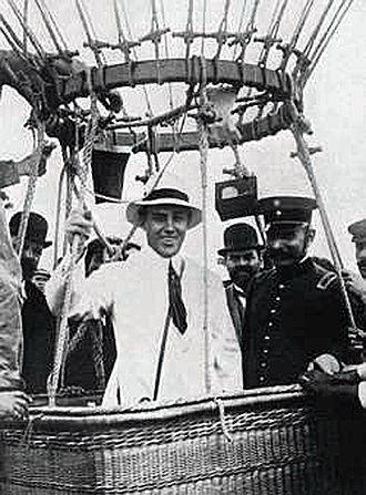 Sociedad Sportiva Argentina - Jorge Newbery on board the Pampero balloon departed from Sociedad Sportiva to make his famous crossing of Río de la Plata in 1907
