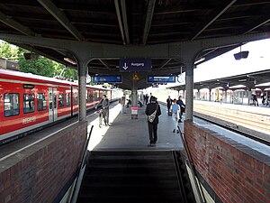 Köln-Mülheim station - Platforms at Köln-Mülheim station