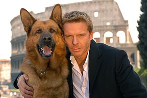 Inspector Rex - Kaspar Capparoni with Rex in Rome