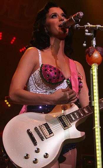 English: Katy Perry performing at the [Red] Ni...