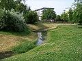 Kbely, Centrální park, Vinořský potok.jpg