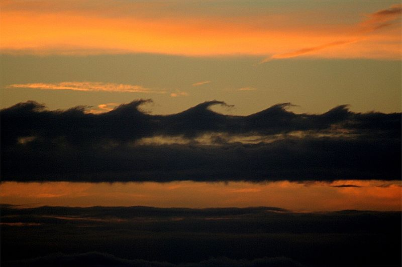 Kelvin Helmholz wave clouds.