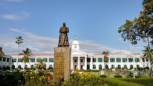 Government of Kerala - The Government Secretariat Complex in Thiruvananthapuram, which houses offices of ministers and secretaries