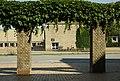 Kig gennem buerne over Nordre Ringgade mod studenterhuset.jpg