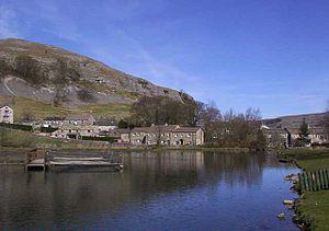 Kilnsey - Image: Kilnsey Crag