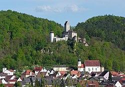 Kipfenberg Burg und Stadt von NW.JPG
