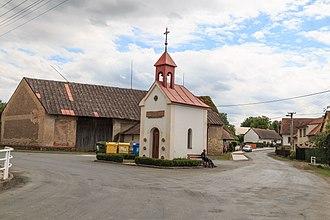Kněžice (Chrudim District) - Chapel at Kněžice