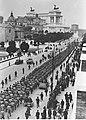 Kolumna amerykańskich i angielskich żołnierzy wziętych do niewoli pod Nettuno (2-2504).jpg
