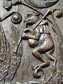 La Guerche-deBretagne (35) Basilique Stalles Singe jouant de la cornemuse.jpg