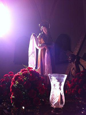 Llanes - Foto de Santa María Magdalena en la Basílica de Llanes