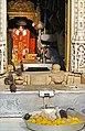 La statue de la déesse entourée des rats sacrés (Temple de Karni Mata) (8423510937).jpg