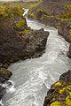Las cascadas de Hraunfossar (10016935326).jpg