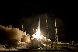 Launch of Falcon 9 carrying CRS-4 Dragon (16663204239).jpg