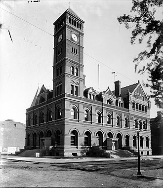 Lee County, Iowa - Courthouse in Keokuk in 1900
