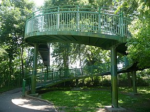 Lewisham, footbridge over railway, Ladywell Fields - geograph.org.uk - 1331471.jpg