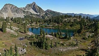 Alpine Lakes Wilderness - Image: Lila Lake 26527