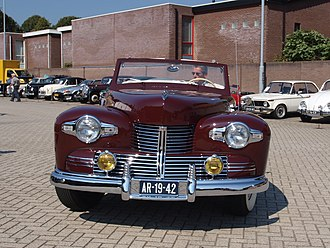 Lincoln Continental - 1942 Continental with a Dutch number-plate. Only 200 of this type was built before World War II-related product suspension