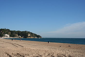 Lloret de Mar playa y castillo