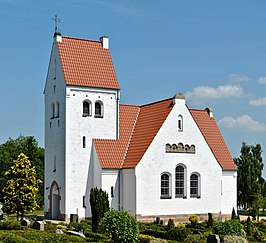 Lonne kirke, south face.jpg
