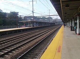 Trenton Transit Center - Looking westward along Track 4