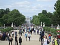 Looking towards the Place de la Concord and the Arc de Triomphe, Paris (17906194882).jpg