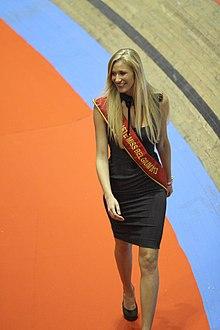 Beauty pageant beauty - 1 7
