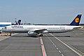Lufthansa, D-AISN, Airbus A321-231 (16456000942).jpg
