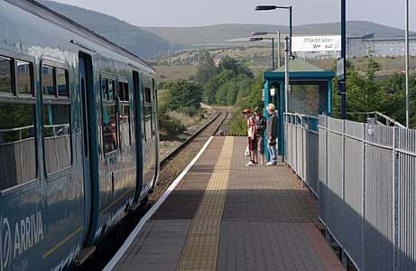 Arriva Trains Wales DMU 150208 arrives at Ewenny Road.