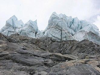 Makalu - Glacier on Makalu