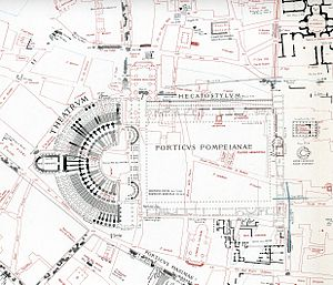 Largo di Torre Argentina - A map showing Pompey's Theatre and other Roman structures in black and modern structures in red.