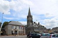 Marigny - Mairie et église.JPG